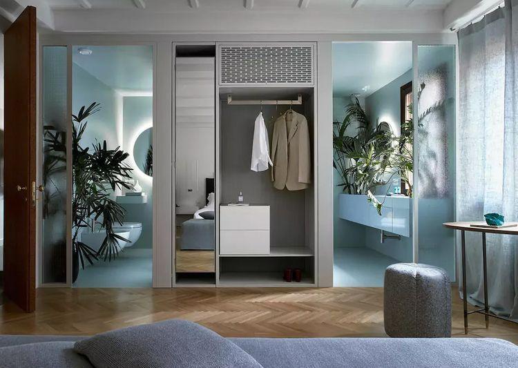 Vibrant italian design rental in venice bungalow furniture