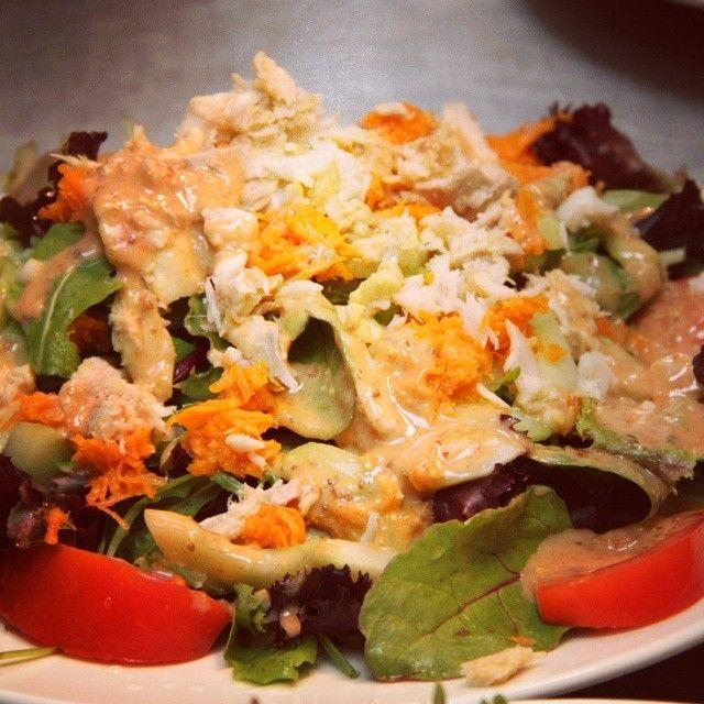 Salade créole  www.facebook.com/brasseriemidiminuit #confluence #platdujour #salade #delice #repas #resto