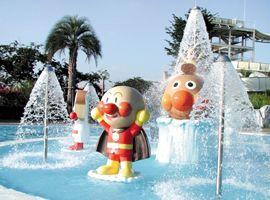 anpanman pool @yomiuriland in Japan