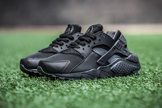 womens nike huaraches foot locker