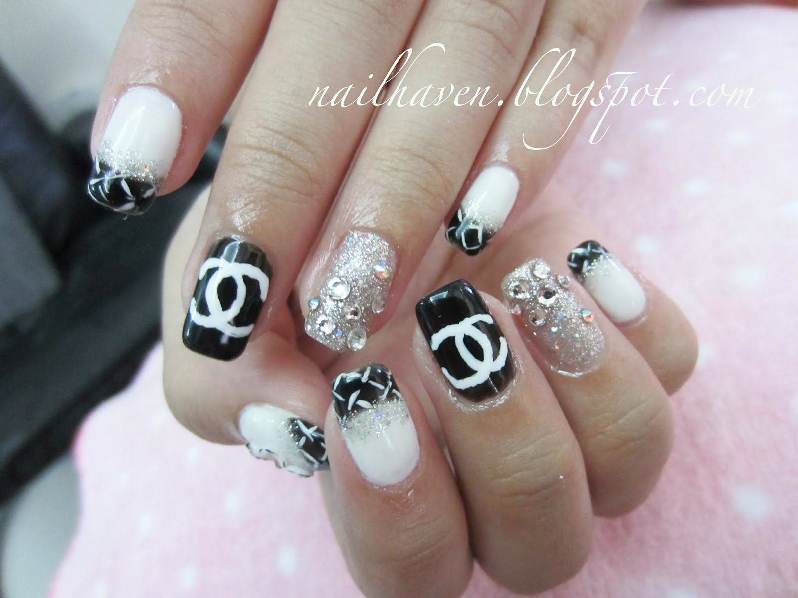 Chanel+Nail+Designs | Flowers with stripes twist.. | Nail ...