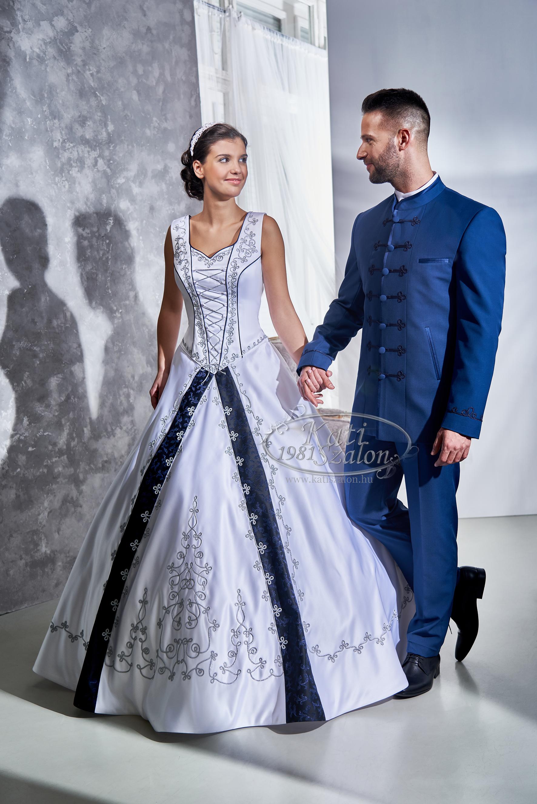férfi nőt esküvője