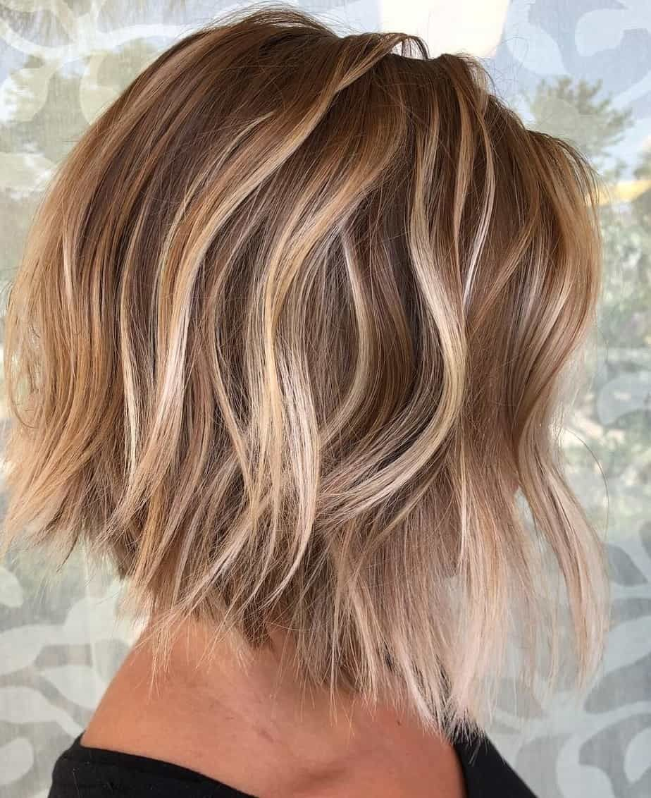 Best Short Hairstyles For Women 2021 Wavy Bob Haircut In Medium Brown Color In 2020 Blonde Balayage Bob Bob Hairstyles Textured Bob Hairstyles