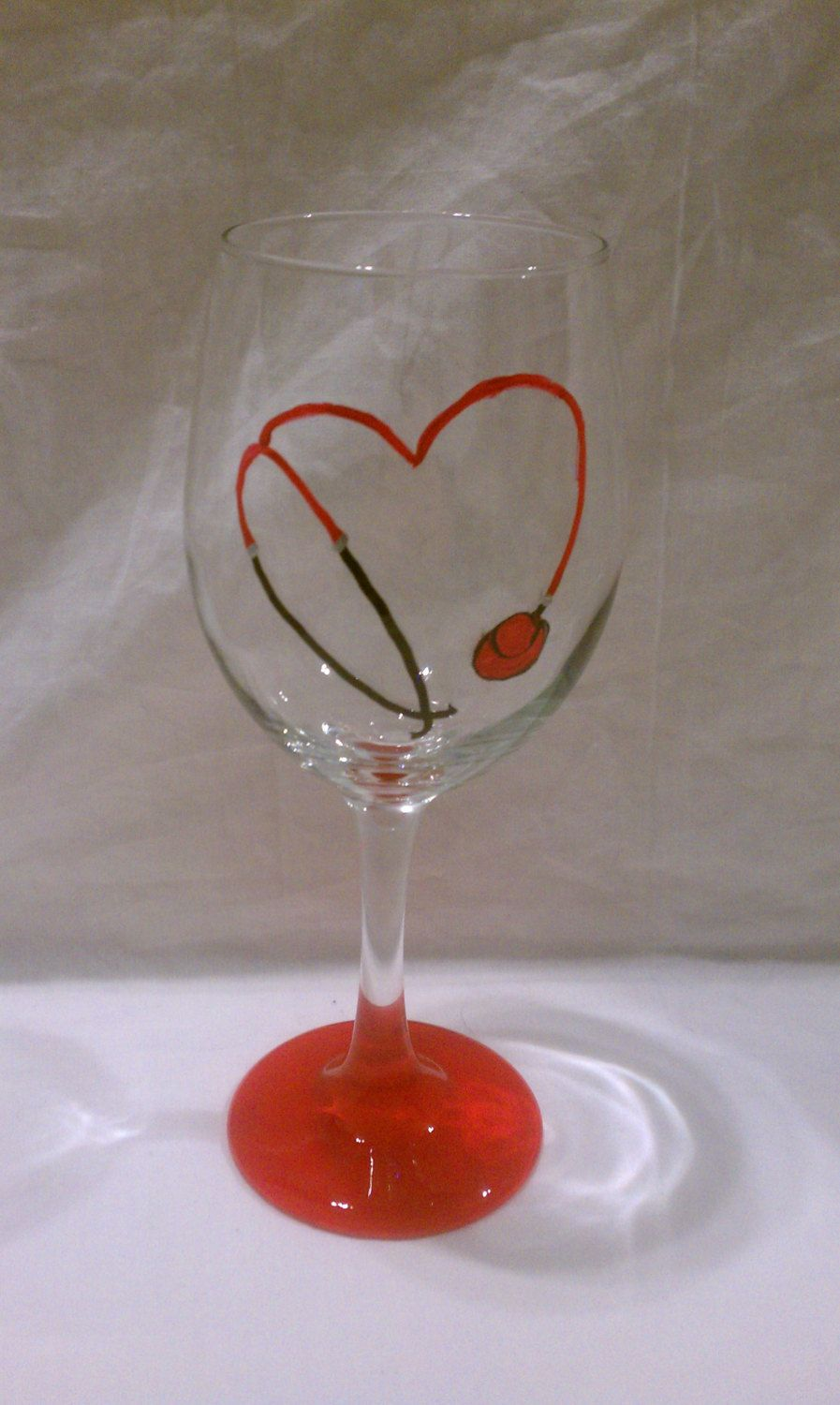 40 Artistic Wine Glass Painting Ideas | Painted wine glass