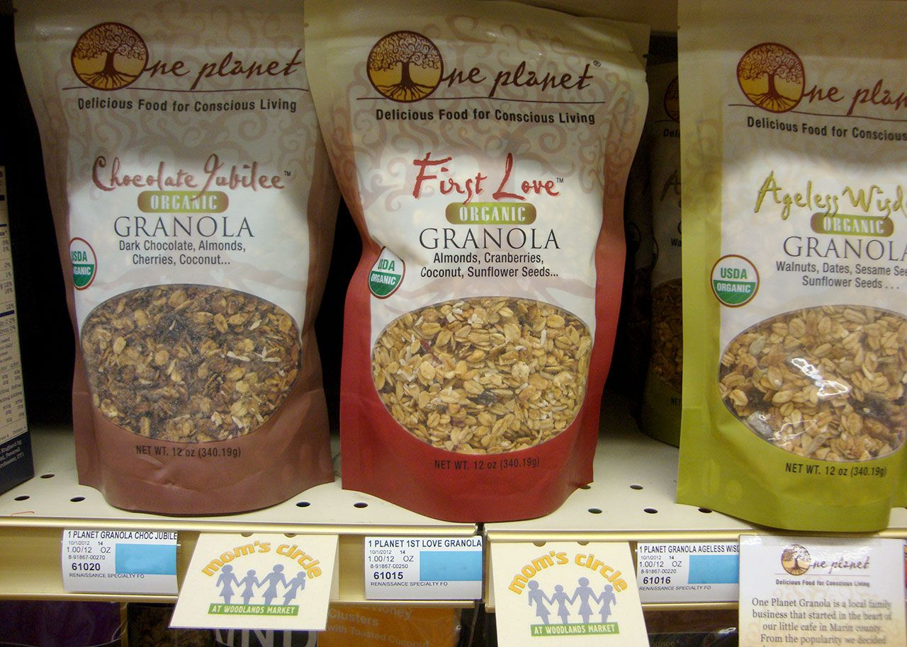 One Planet Organic Granola as part of the Mom's Circle promotion.
