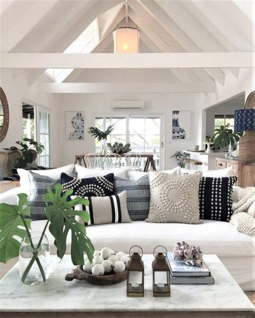 50 Favorites For Friday The Week S Best Rooms Coastal