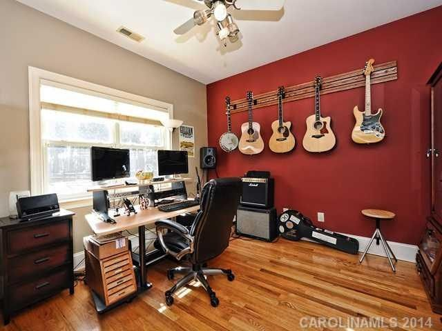 Cool Room For Making Some Music Living Room Den Home Future House Ideas
