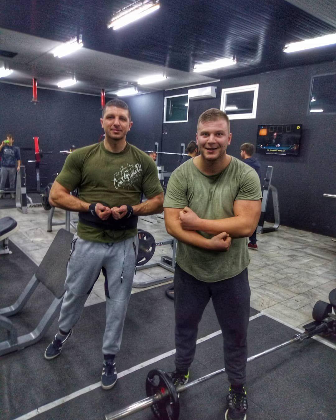 #gym #fitness #bodybuilding #legday #workout #workoutmotivation #workhard #natural #squats #gymmotiv...