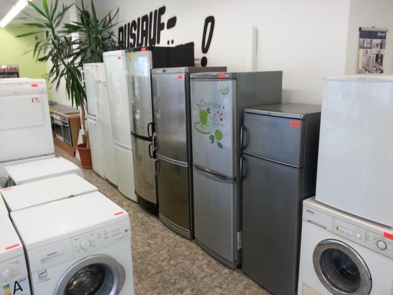 Gebrauchte elektrogeräte aus hand von werkstatt mit garantie