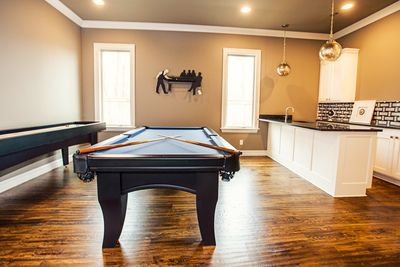Gameroom Cabinets White Cabinets Cream Cabinets Premium Hardware Shaker Front Cabinets Marble Countertops