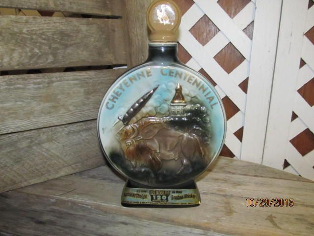 Man Caves Jim Beam : Jim beam decanter football hall of fame regal by mamabirdsvintage