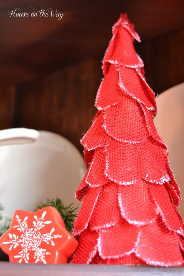 DIY Set of Cone Christmas Trees Christmas tree, Paper mache and Twine