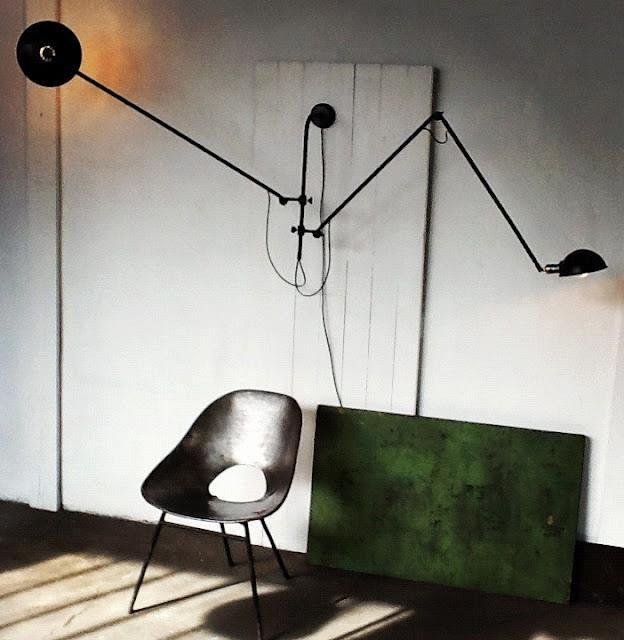 WO and Wé Collection Lampe murale double bras articulé industriel