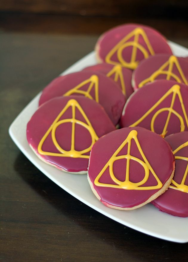 Harry Potter Deathly Hallows lemon sugar cookies. Perfect for a little HP surprise on your Halloween treat table!