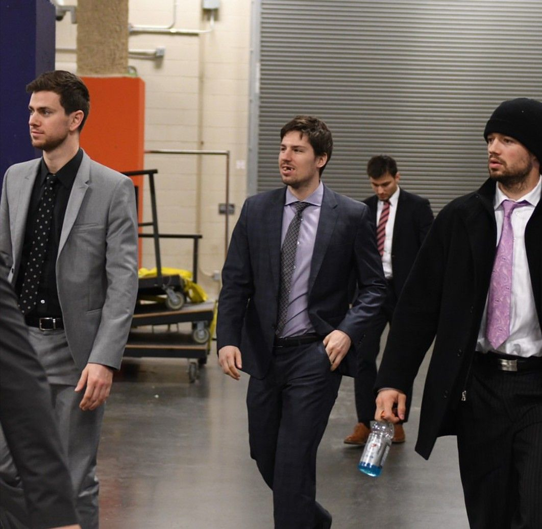 Sharks Arrive For Game 2 Hockey Players Players Boys