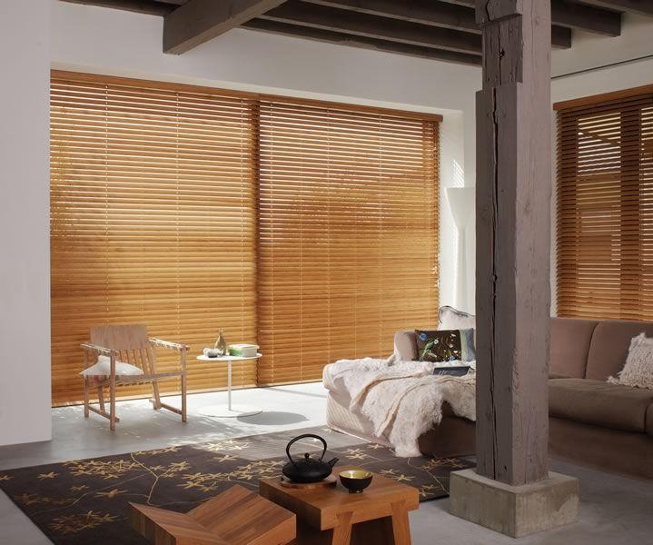 Persianas de madera para terrazas protecci n comedor for Persianas para terrazas