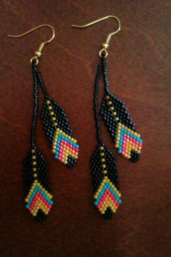 Beaded Feather Earrings. #beadwork via Etsy. #beadwork by
