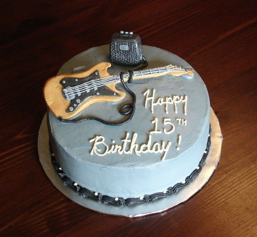 Fondant guitar and amp on a 9 round The stupid guitar cracked as I