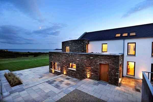 Modern Take On An Irish Farmhouse Modern Farmhouse Plans House Designs Ireland House Designs Exterior