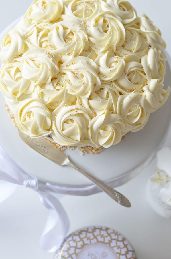 www.fabelaktive.com Rose cake, weddingcake