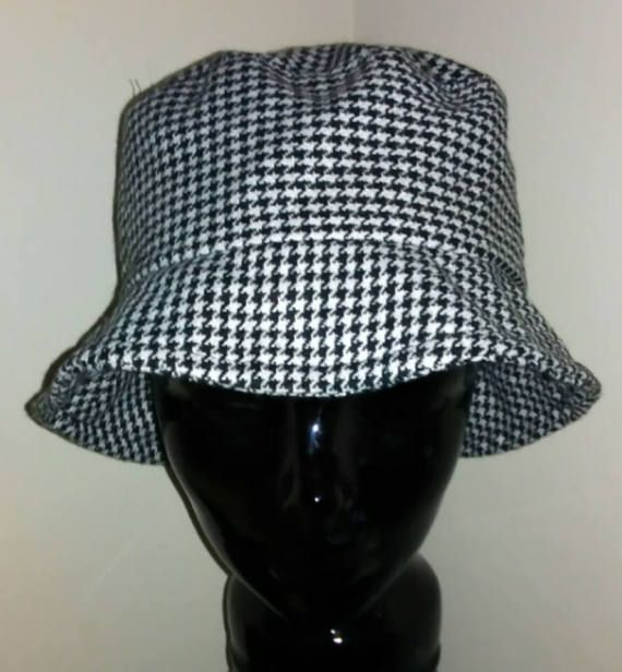 18c4fe4a8e3 90s Bucket Hat Black   White Bucket Hat Summer Hat Blossom Style 90s ...