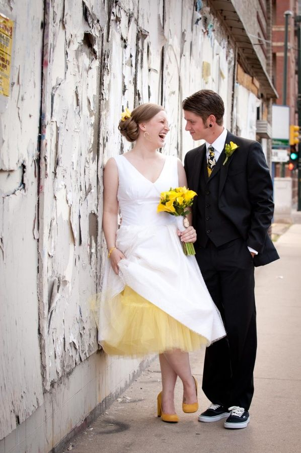 32 Bridal Couple Laughing Concrete Wall Suit Vans Shoes Tulle