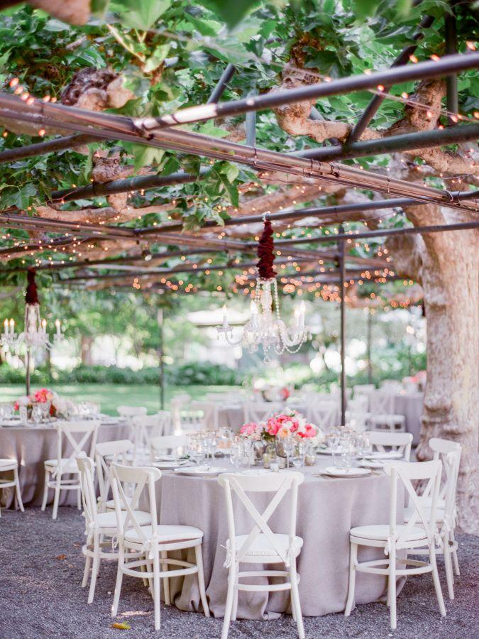 Al fresco garden wedding: http://www.stylemepretty.com/2016/09/09/italian-style-garden-wedding-in-napa/ Photography: Lori Paladino - http://loriphoto.com/#home/