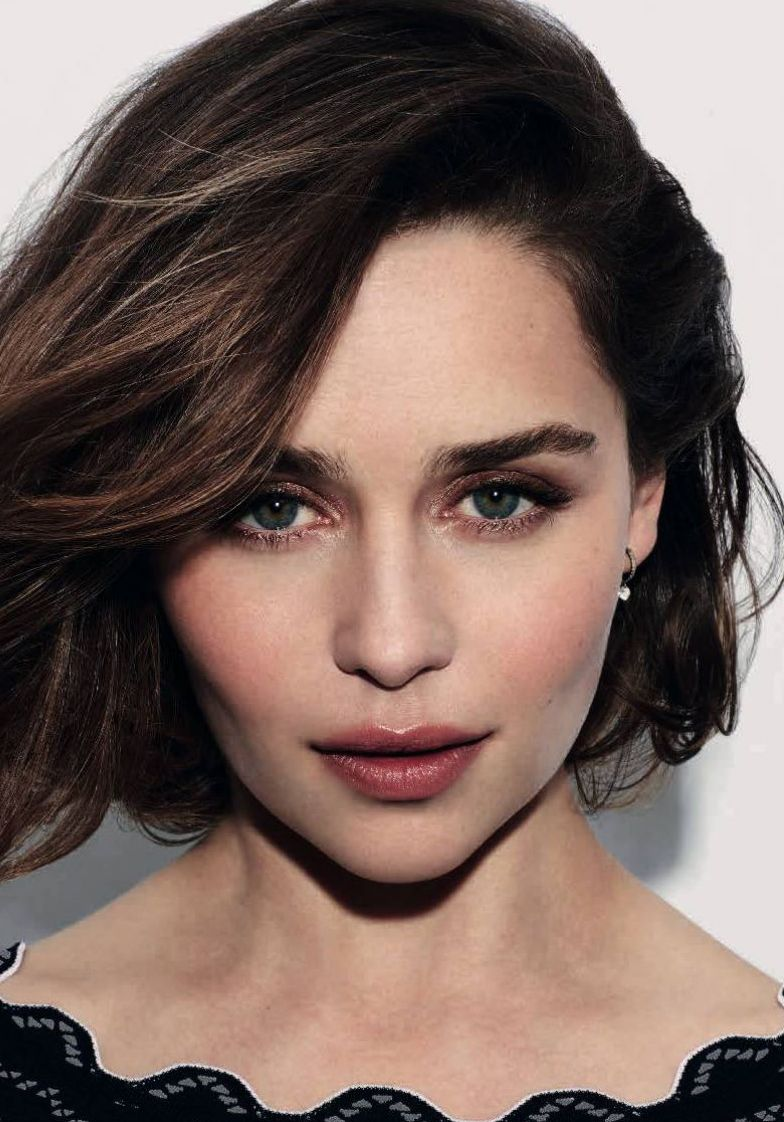 Emilia Clarke per Dolce&Gabbana The One | Capelli carrè ...