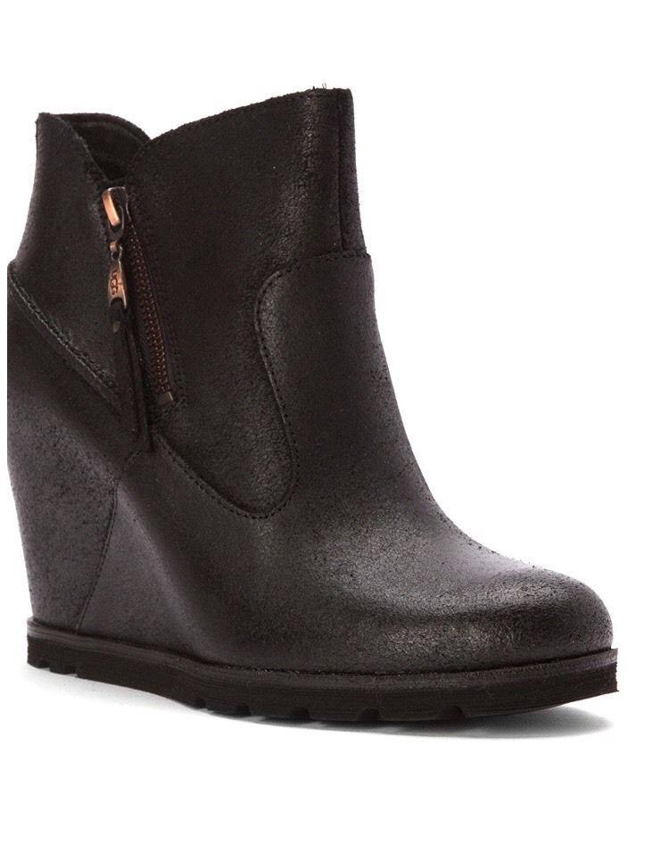 UGG Myrna Lodge Black Leather Sheepskin Wedge Ankle Boots US 8 Women   eBay