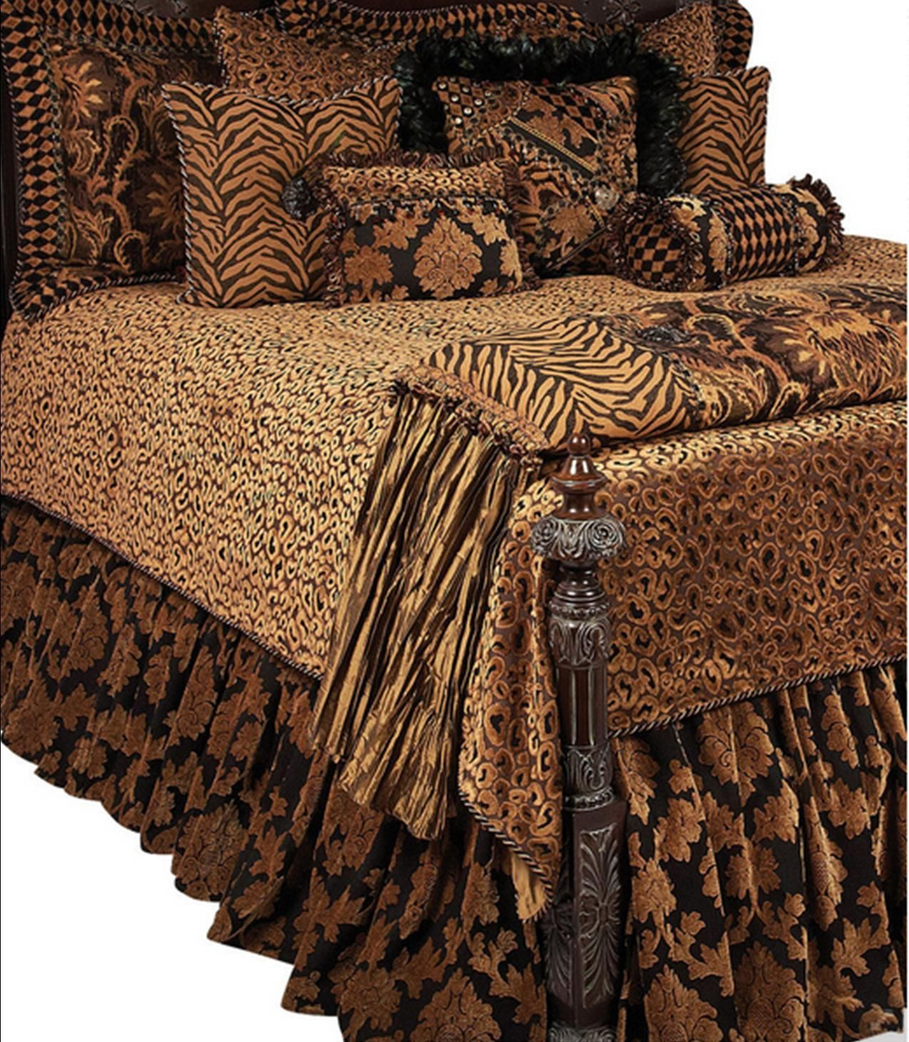 Best High End Luxury Bedding Accent Pillows And Accessories By 640 x 480