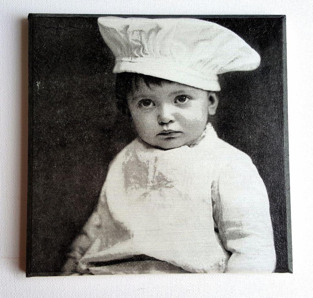 Napkin 4 Single Paper Napkins Vintage Craft Little Cook Sagen for Decoupage