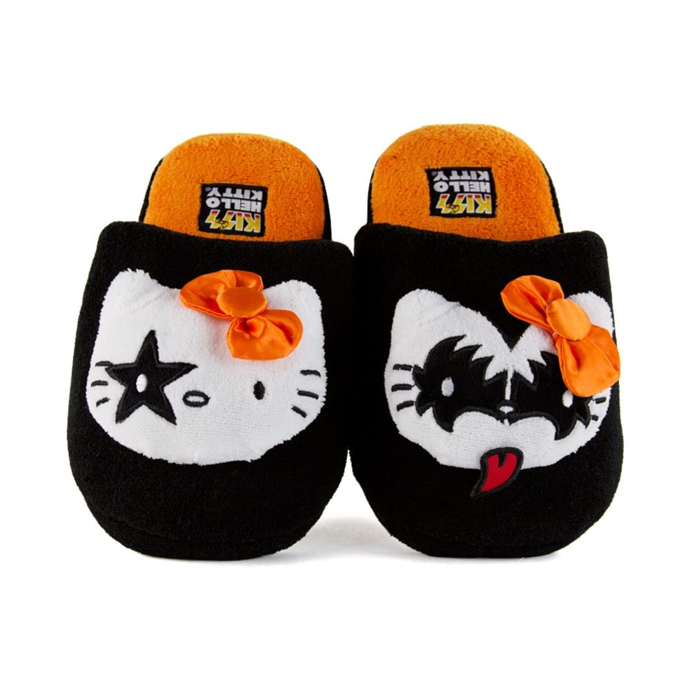 Adorable Hello Kitty Halloween Slippers! #HelloKitty #HelloKittyHalloween #HelloKittyFashion