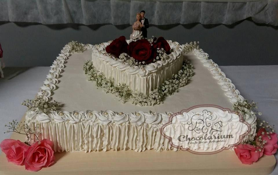 Bolo De Casamento Quadrado Com Coracao Com Imagens Bolo De