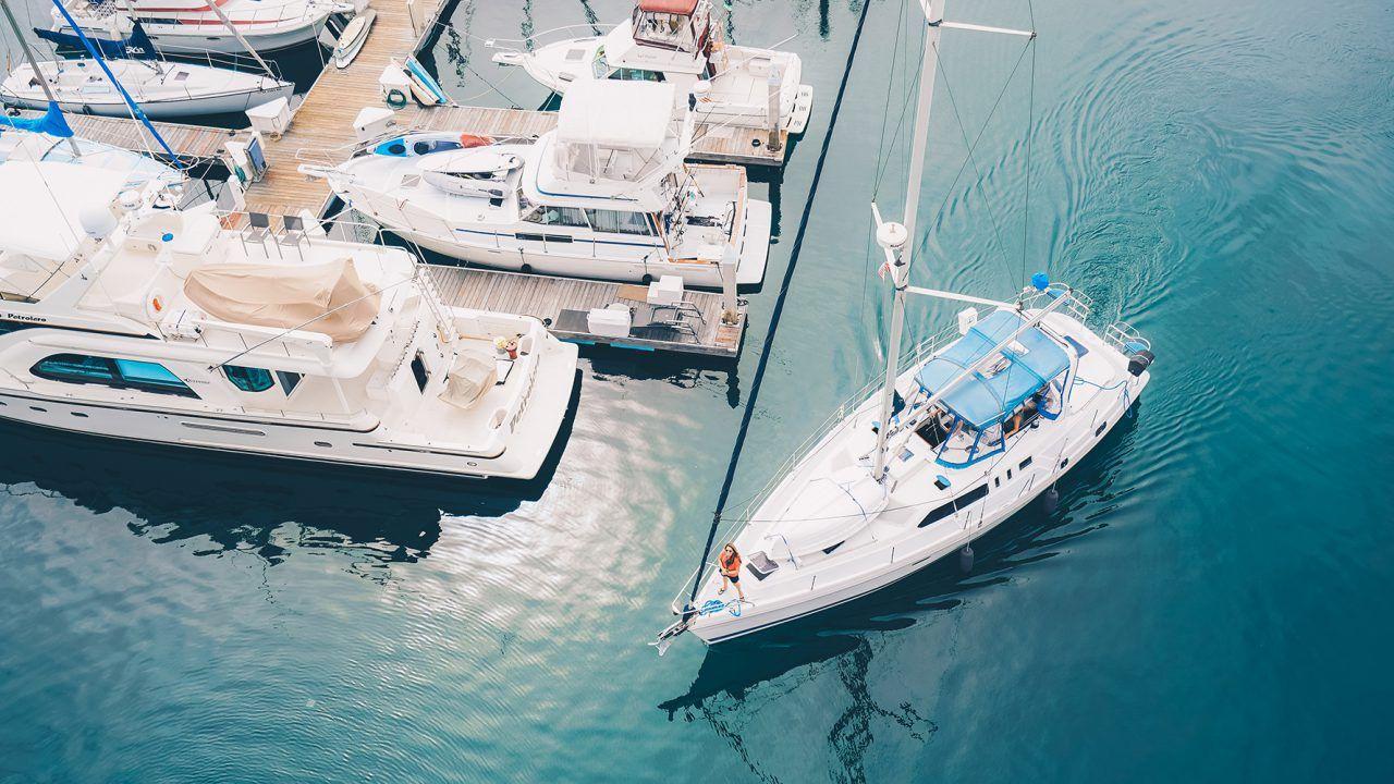 Leisure Finance Tasmania Boat Living On A Boat Liveaboard Boats