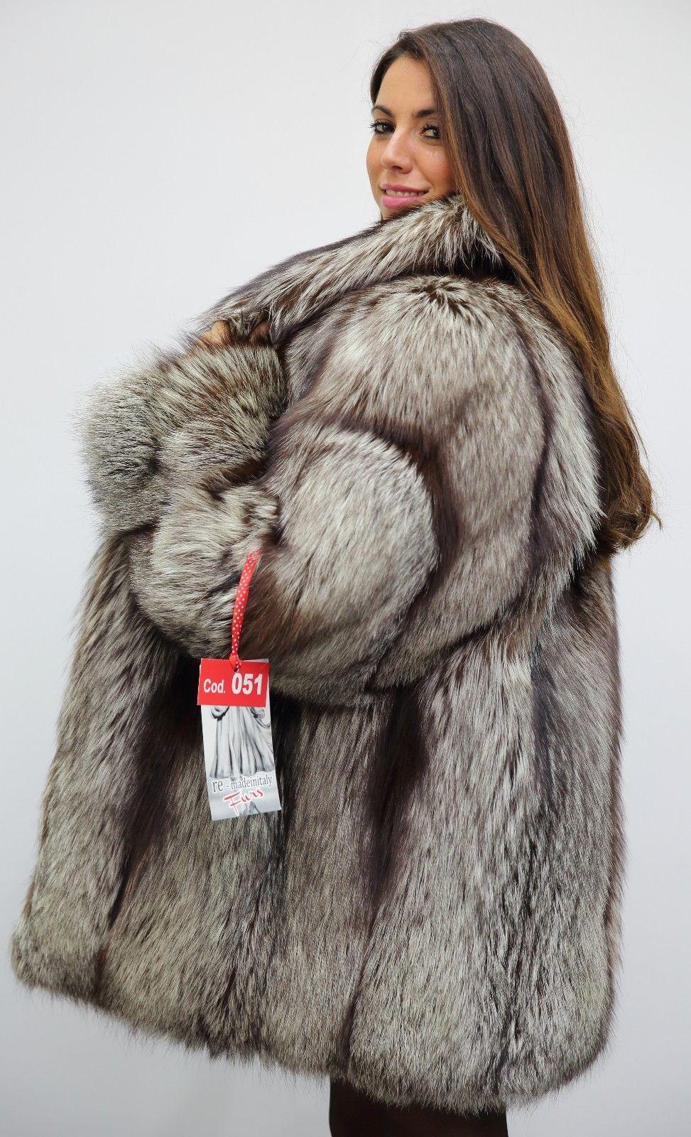 ac75dfd6a2 Pin szerzője: Roxana Russo, közzétéve itt: Roxana wonderful fur world | Fur  Coat, Fur és Coat