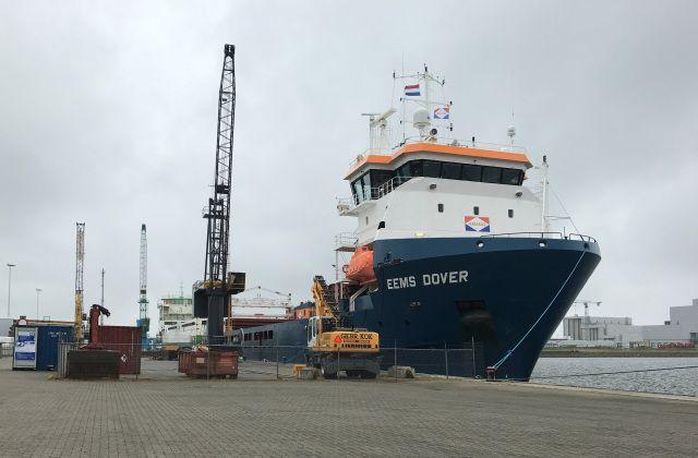 http://koopvaardij.blogspot.nl/2017/06/25-juni-2017-afgemeerd-bij-nesta.html    Voormalige Nederlandse ABIS DOVER   van B.V. Beheer ms Abis Dover, Harlingen   Manager Abis Shipping B.V., Harlingen