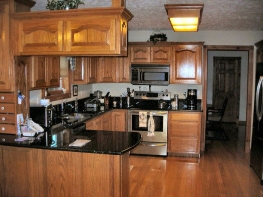 Kitchen Colors With Oak Cabinets 28+ [ kitchen colors with oak cabinets and black countertops