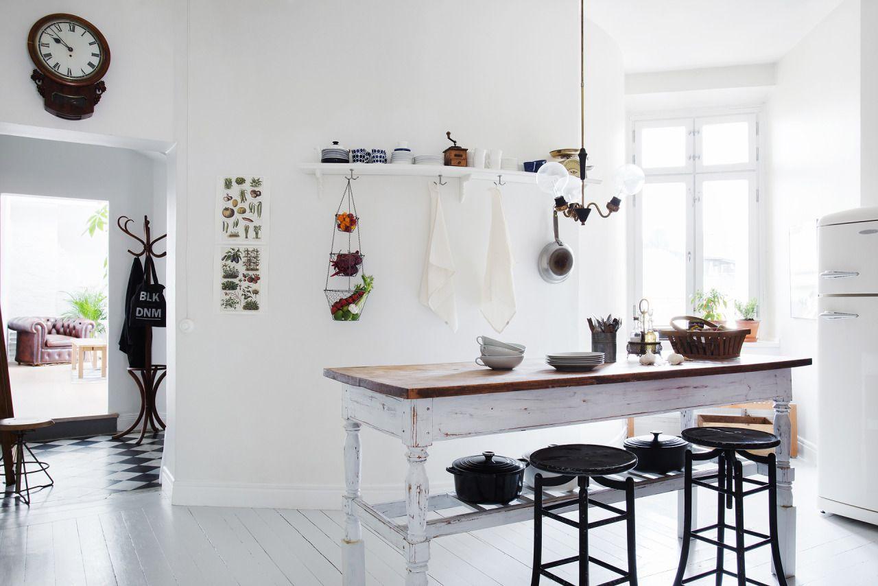 Küchendesign schwarz und rot rustic kitchen table  home  pinterest