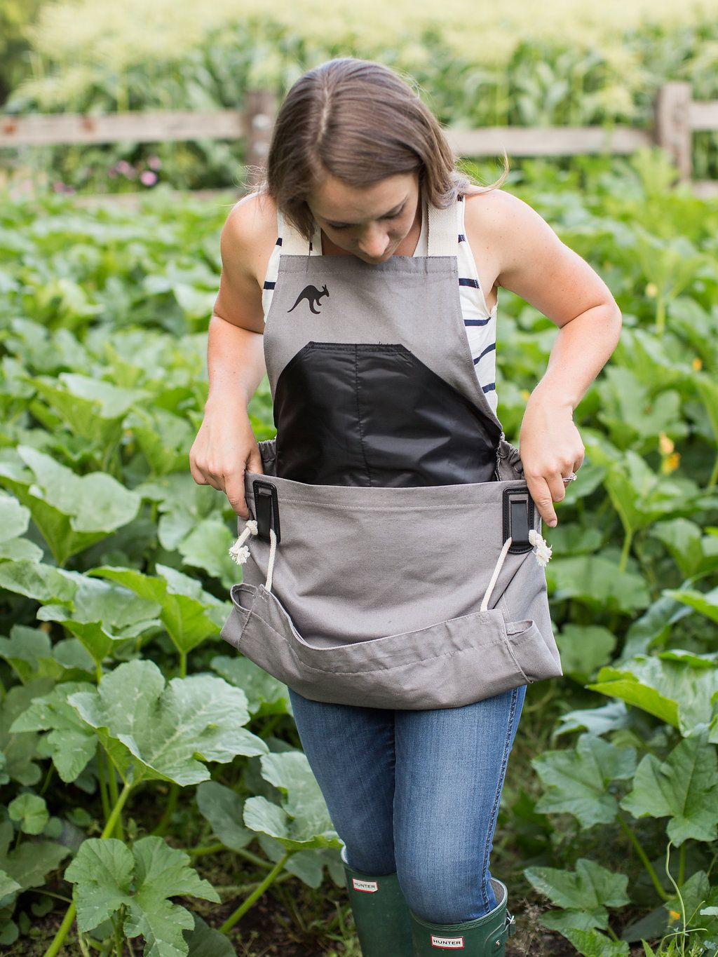 The Roo Gardening Apron Gifts For Gardeners Harvesting Tools