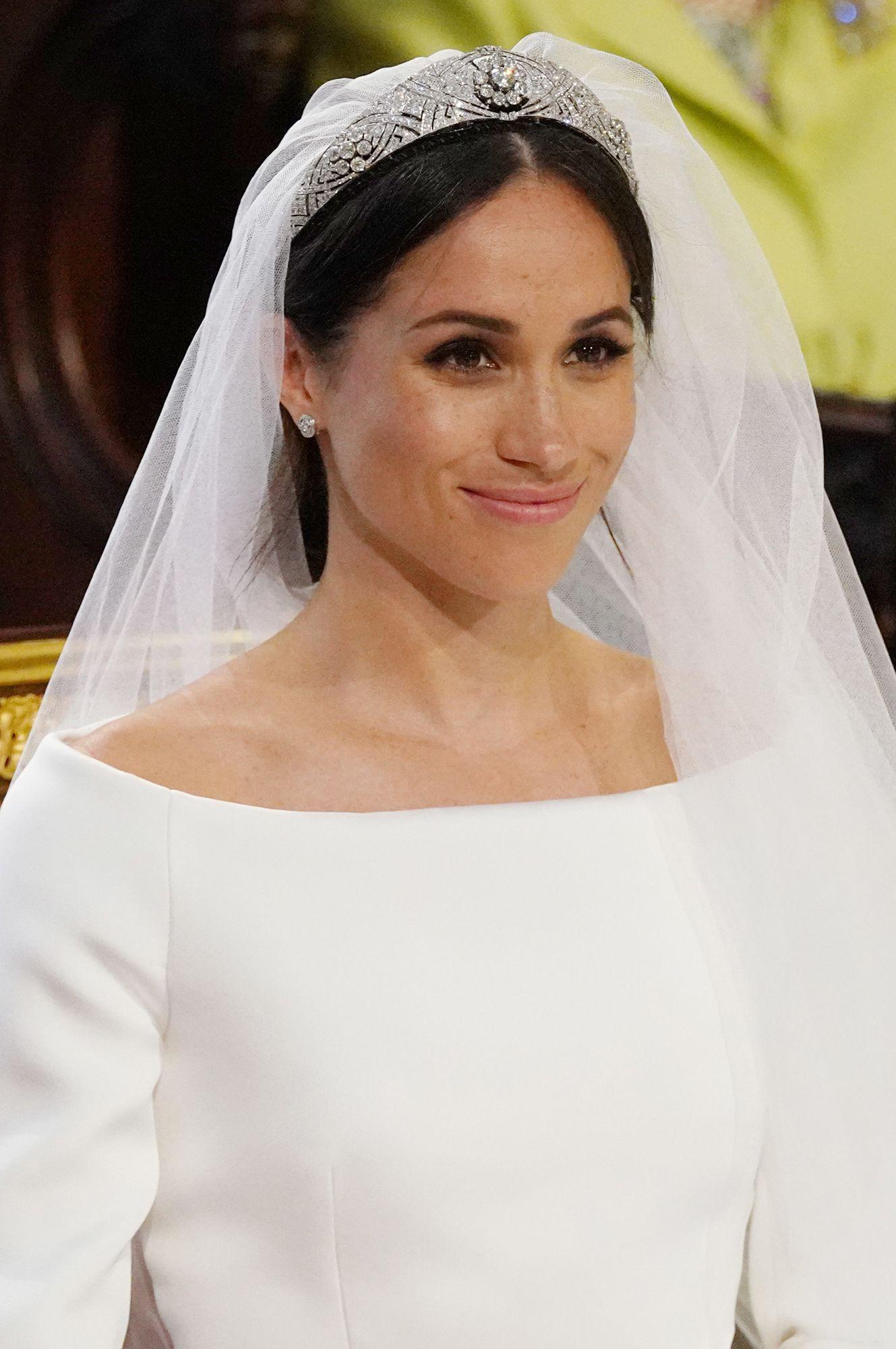 Meghan markleus royal wedding dress is a nod to american royalty
