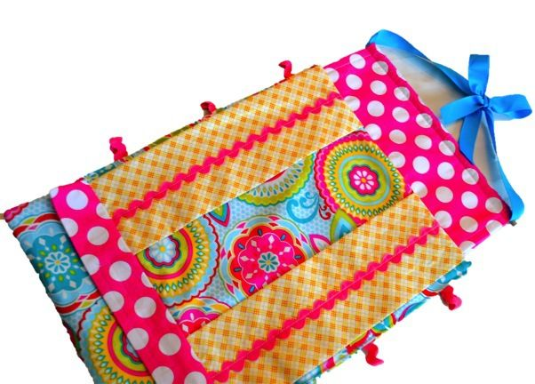FREE Fabric Bow Holder