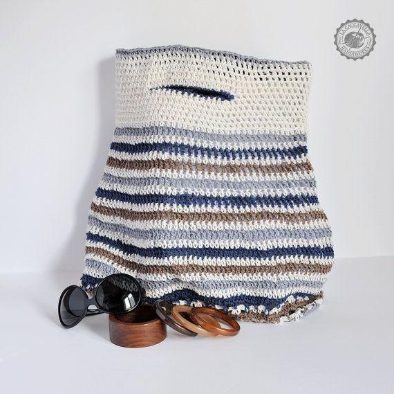 Borsa grande all'uncinetto in cotone e lino. Rivestita in tessuto rinforzato. Stile navy. Colori naturali su ordinazione.