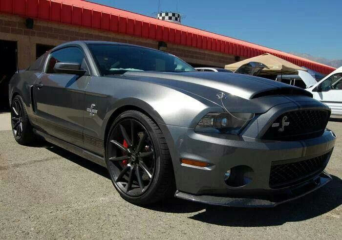 Mustang Shelby Gt500 Super Snake With Images Mustang Gt500