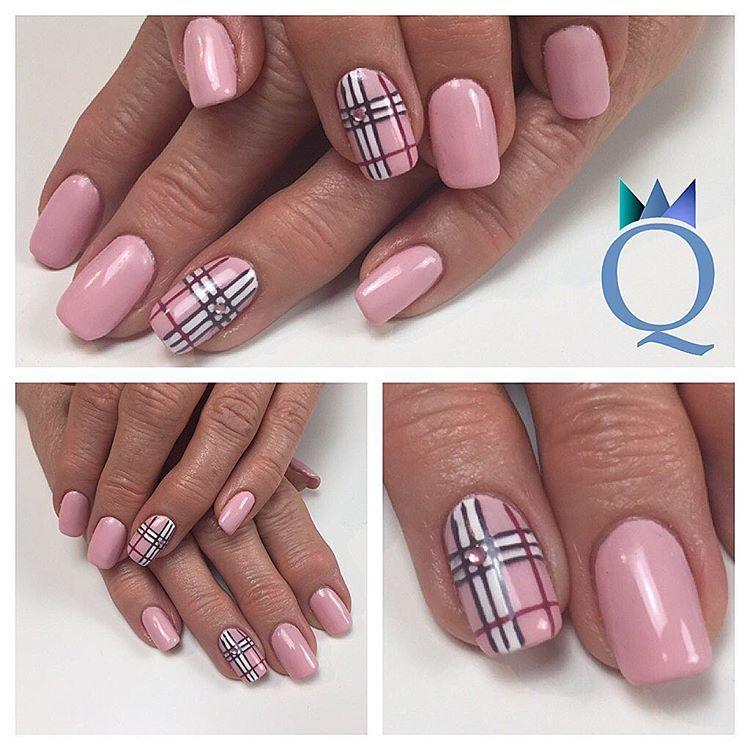 squovalnails gelnails nails rose handpainted nailart. Black Bedroom Furniture Sets. Home Design Ideas