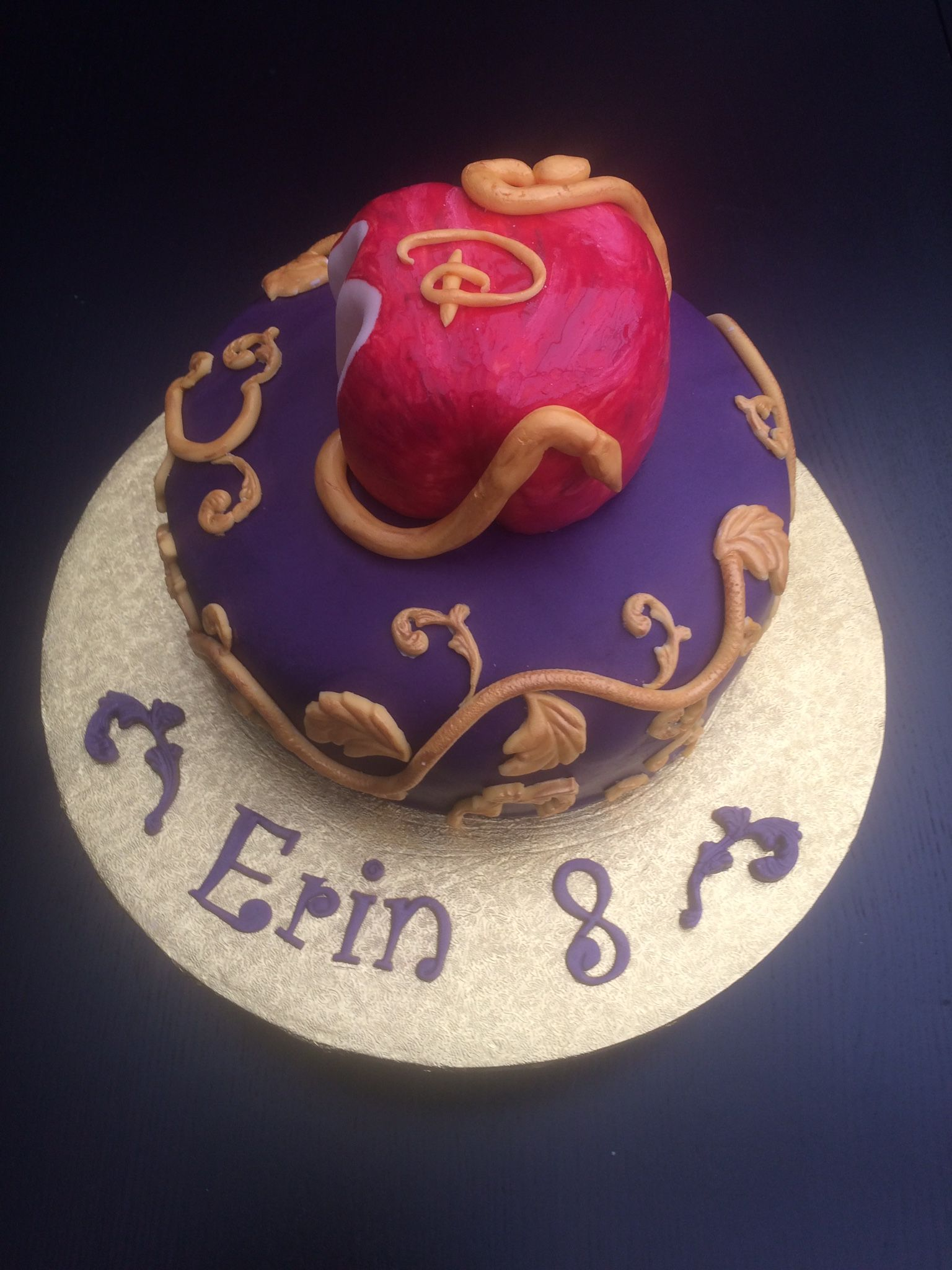 Disney Descendants Cake Parties Pinterest Descendants cake