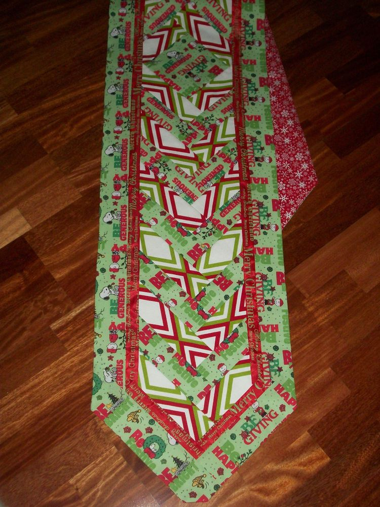 Reversible Christmas Charlie Brown Snoopy Quilted No