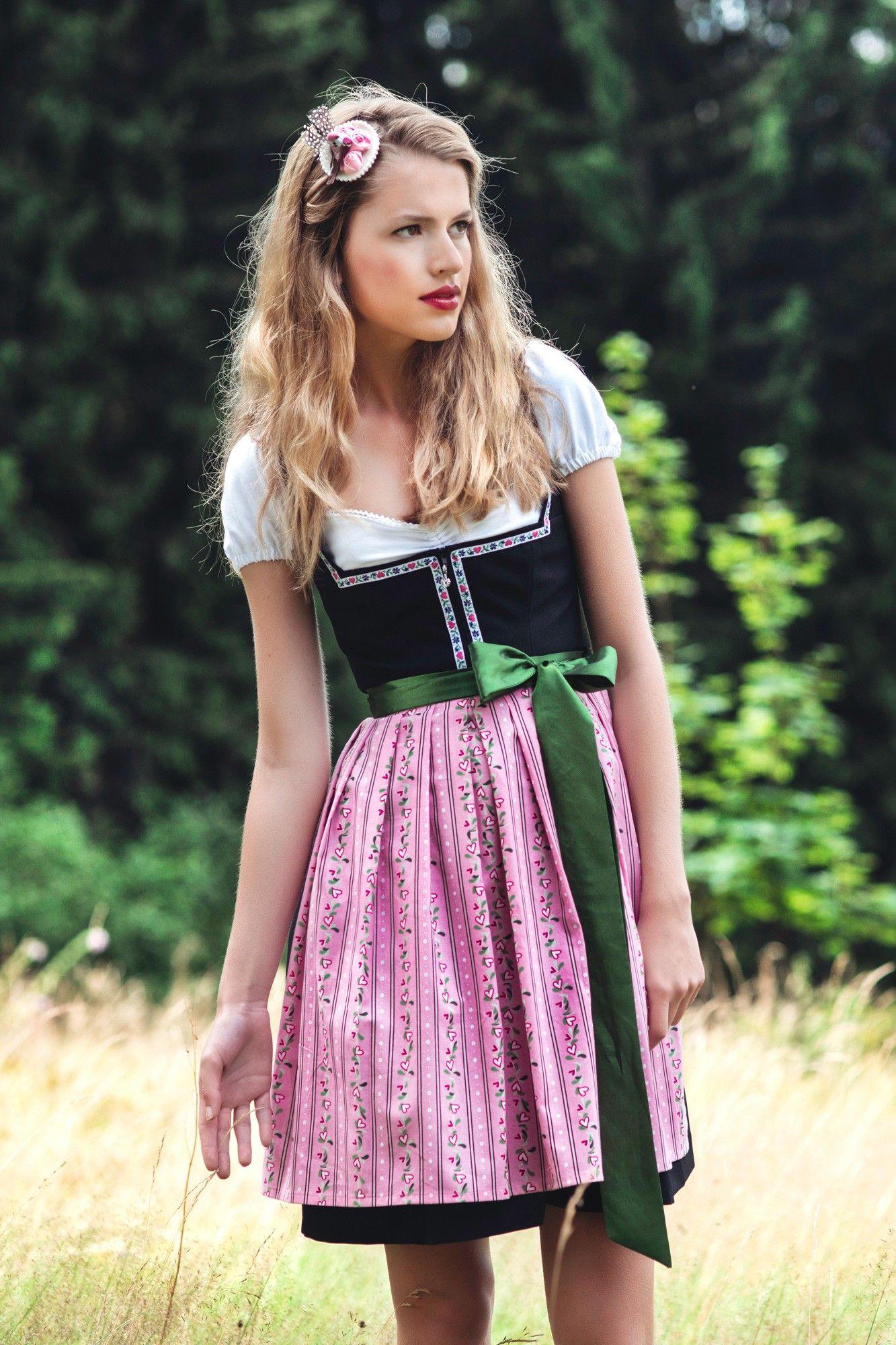Emma Rosa Schwarzes Dirndl mit rosa Schürze Dirndl