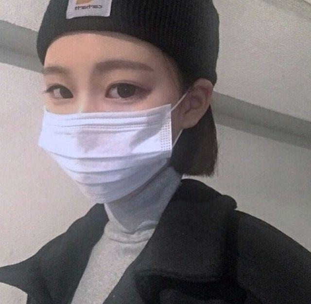 心臓 Girl By Korean Ulzzang On Mask Pin Girl