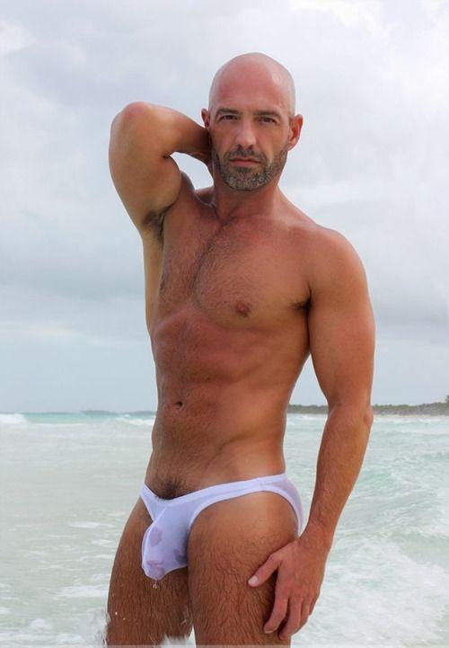 young paula abdul nude