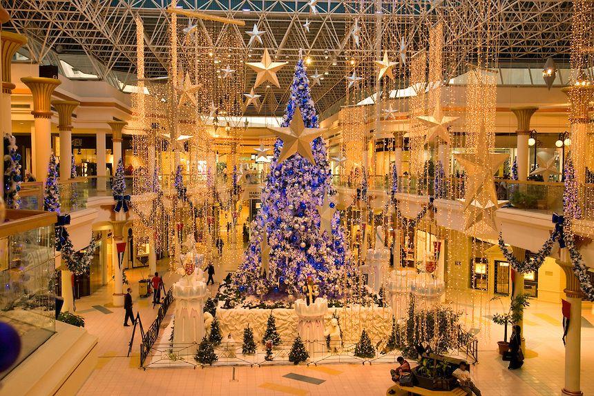 Dubai Christmas Tree At Wafi Mall Shopping Centre Center An Up Market Luxurious Mall Christmas Tree Shop Tree Shop South Carolina Christmas